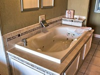 Myrtle Beach Resorts with Jacuzzi Suites