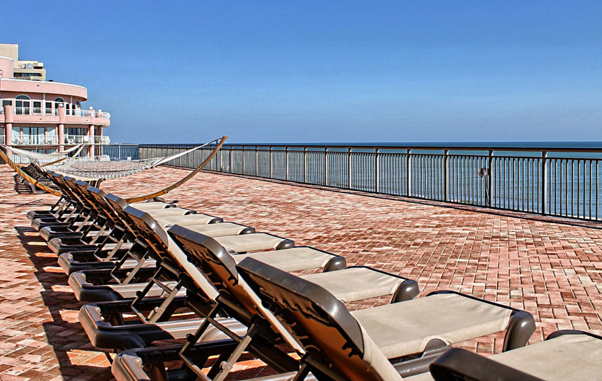 myrtle beach vacation photos caravelle resort. Black Bedroom Furniture Sets. Home Design Ideas