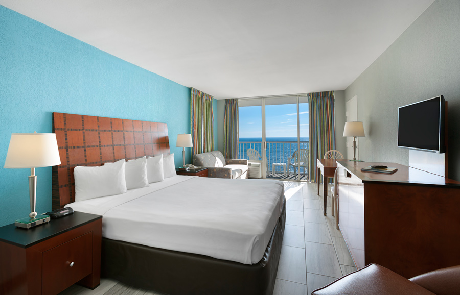 Crown Reef Beach Resort and Waterpark Recent Renovated Efficiency
