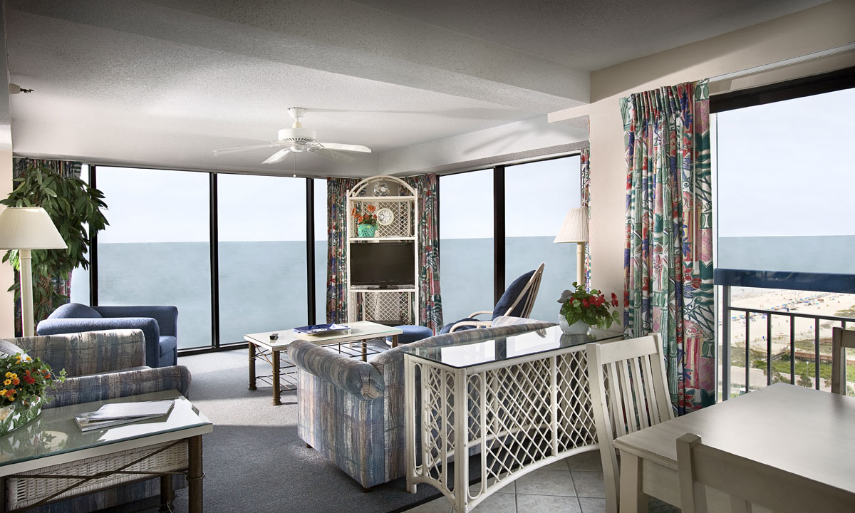 Oceanfront Accommodations At Forest Dunes Interior