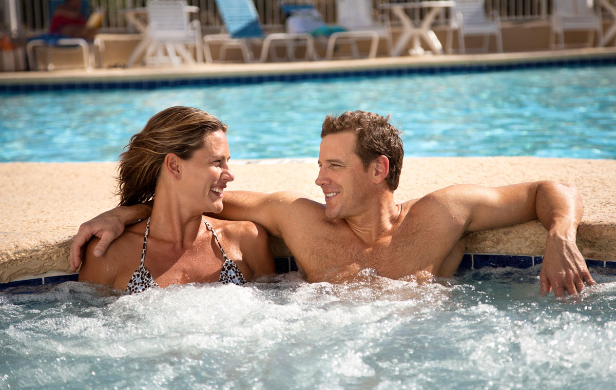 couple in a whirlpool at sea watch resort