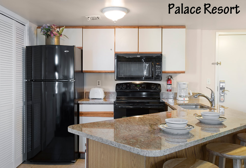 Palace Resort Unit with Kitchen